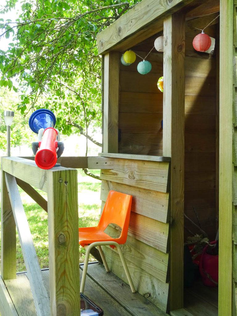Cabane En Carton Diy la cabane de camille et son drapeau à hisser diy – vert