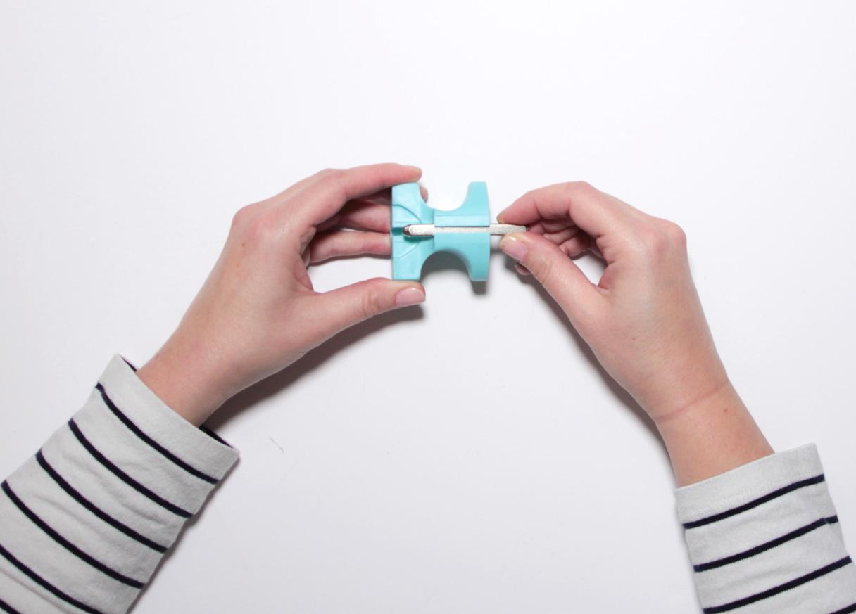 Protège doigt pour tampon métallique