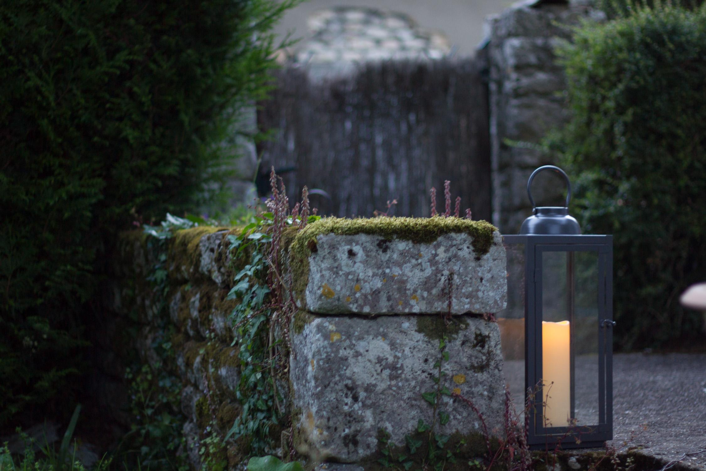 Lanterne décorative avec bougie à pile pour le jardin