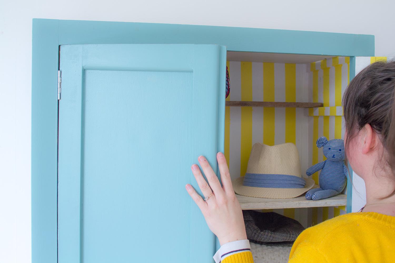 DIY armoire parisienne à rayures